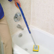 Telescopic Bathtub Scrubber